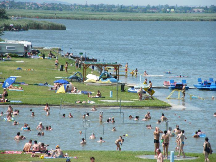 Park Strand Agard A Velencei To Hir Es Turisztikai Portalja