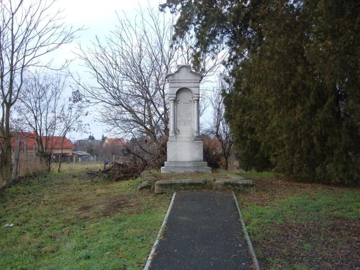 Balassa Antal síremléke - Kápolnásnyék