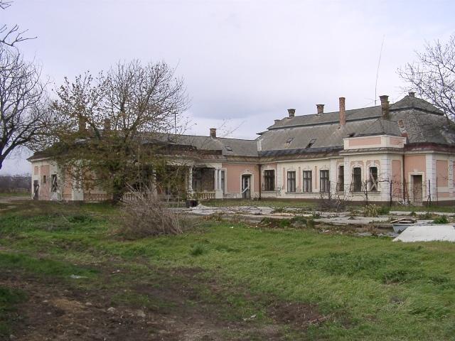 Halász kastély - Kápolnásnyék