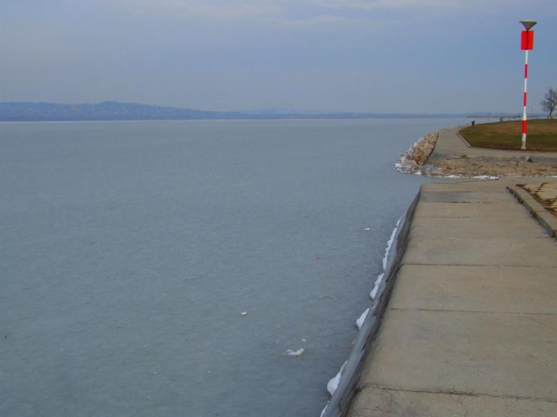 A Velencei-tó jege - 2012. december 14.