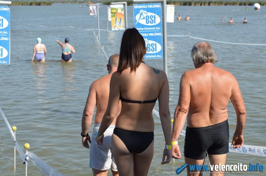 A Velenceit-tó 26 °C-os volt...