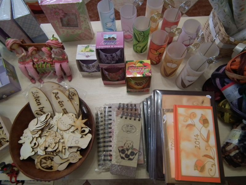 Fecskefészek – Rövidáru, méteráru, kézimunka üzlet Velence