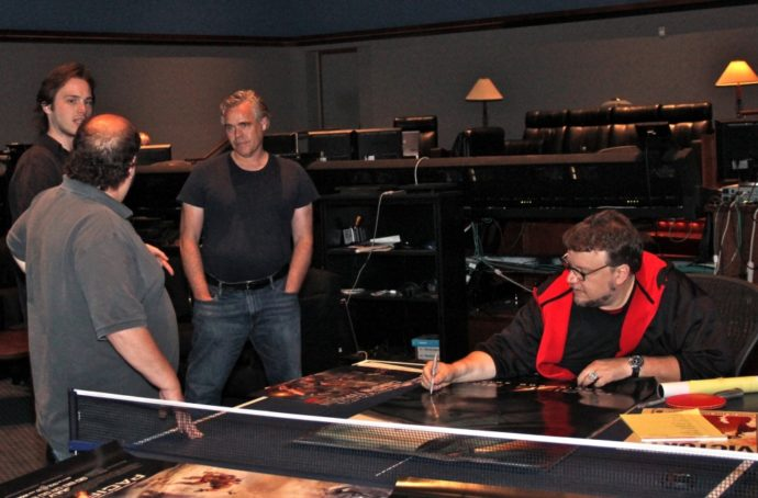 Guillermo del Toro-val a Tűzgyűrű című film hang utómunkálatai után