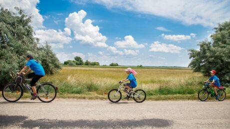 8. K&H mozdulj! kerékpáros nap - Gárdony @ Sport Beach